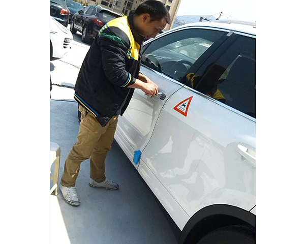 华南城附近开锁/中华路开汽车锁/求实路开锁换锁开保险柜