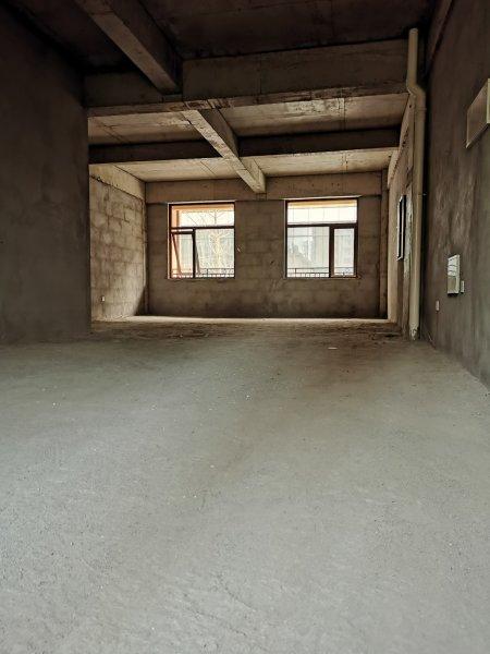 龙湖锦艺城旺铺出租,房东直出,上下2层175平